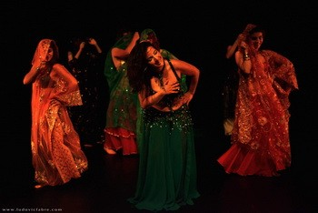 Belly dancing class with Ibtissem