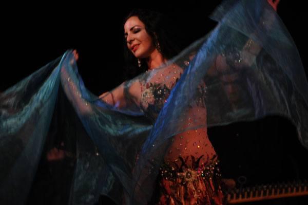 Danse orientale avec Ibtissem
